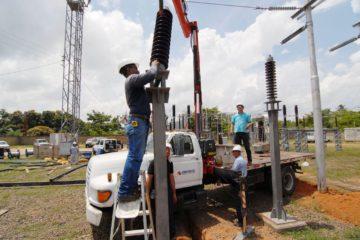 Avería de Corpoelec deja sin luz a los sectores de Palo verde y El Hatillo