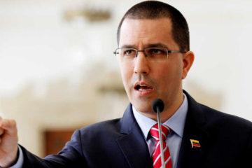 El canciller de la República criticó que su homóloga alemana estuviera de acuerdo con una intervención en el país