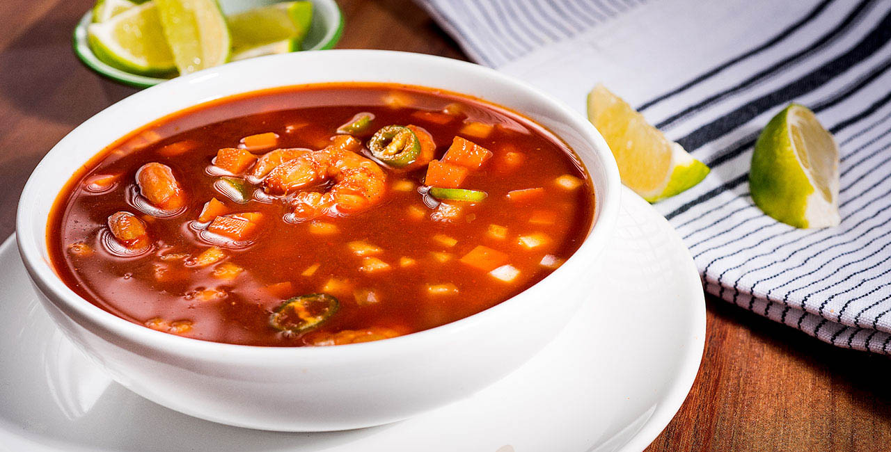 Este alimento es sometido a un proceso de deshidratación en el cual aumenta el sodio y se vuelve más salado