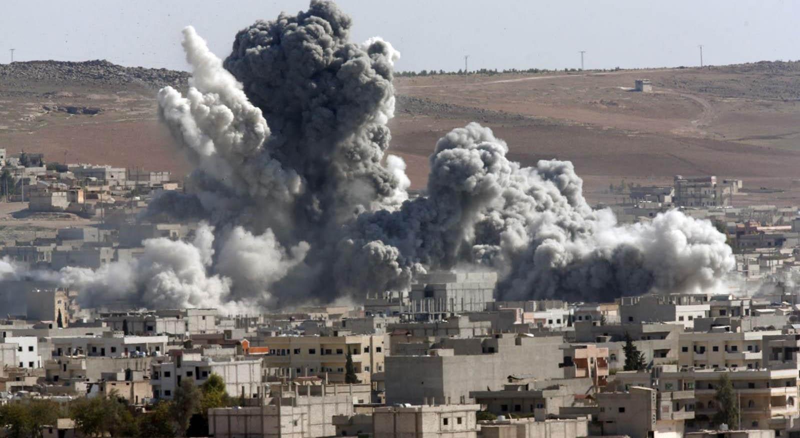 El Observatorio Sirio de Derechos Humanos señaló que entre las víctimas se encuentran refugiados de Irak
