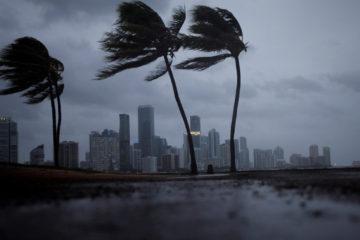 El Centro Nacional de Huracanes considera este ciclón como uno de los más potentes registrados en esa zona de la península