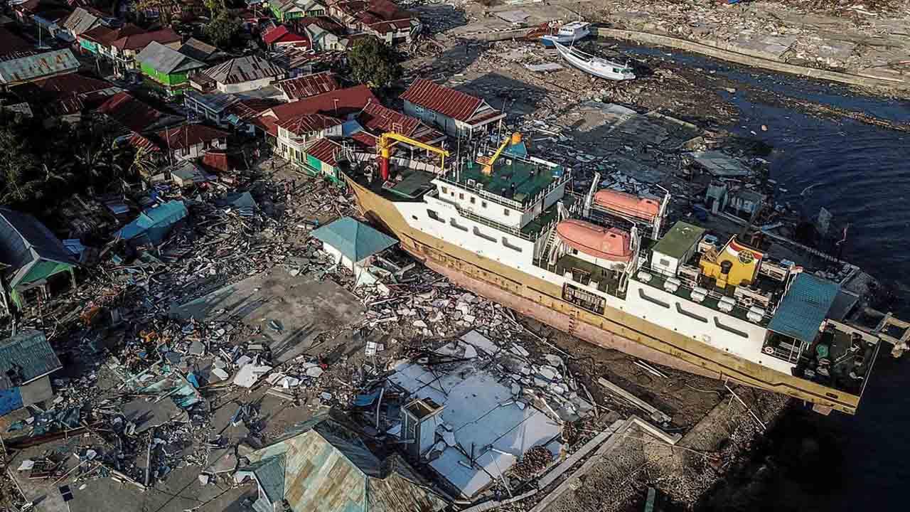 Autoridades no desestiman que la cifra siga en aumento pues todavía no se han recuperado todos los cuerpos de los escombros