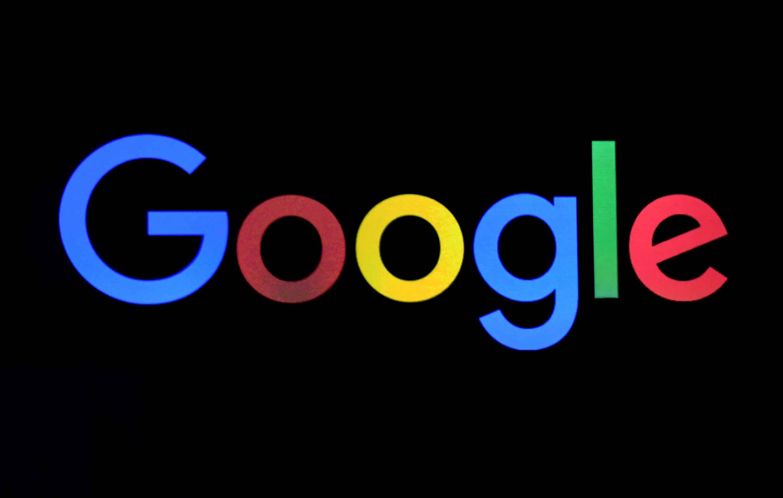 Bruselas acusó a la empresa de usar la enorme popularidad del sistema de Android en smartphones y tablets para promover su motor de búsqueda