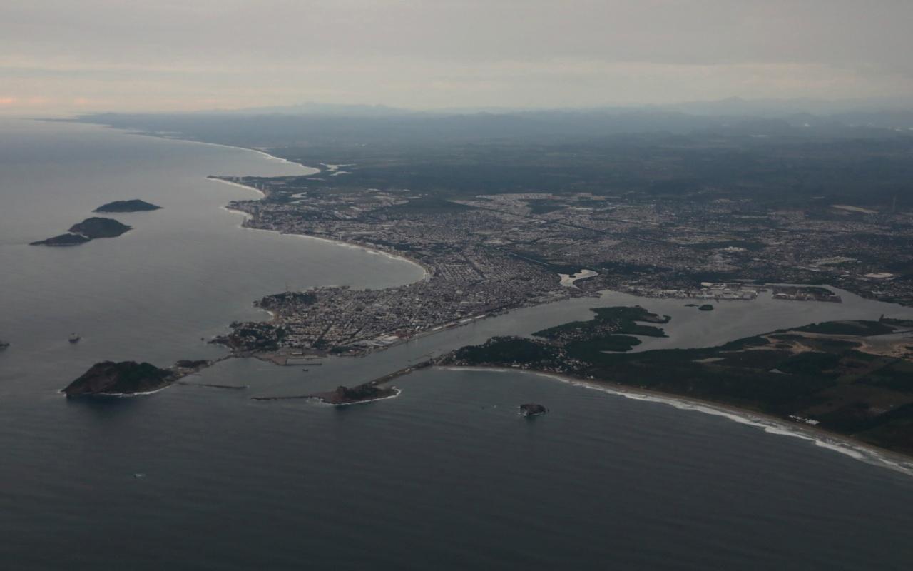 """Huracán """"Willa"""" tocó tierra en la costa del Pacífico de México"""