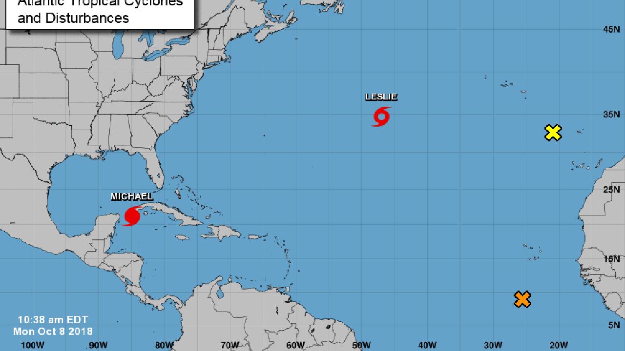 El gobernador de Florida, Rick Scott, decretó estado de emergencia. Presenta vientos máximos sostenidos de unos 115 km/hora, con ráfagas más altas
