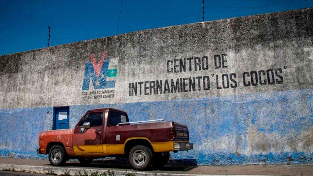 """Fuga en el Centro de Internamiento """"Los Cocos"""" dejó dos muertos y 40 fugados"""