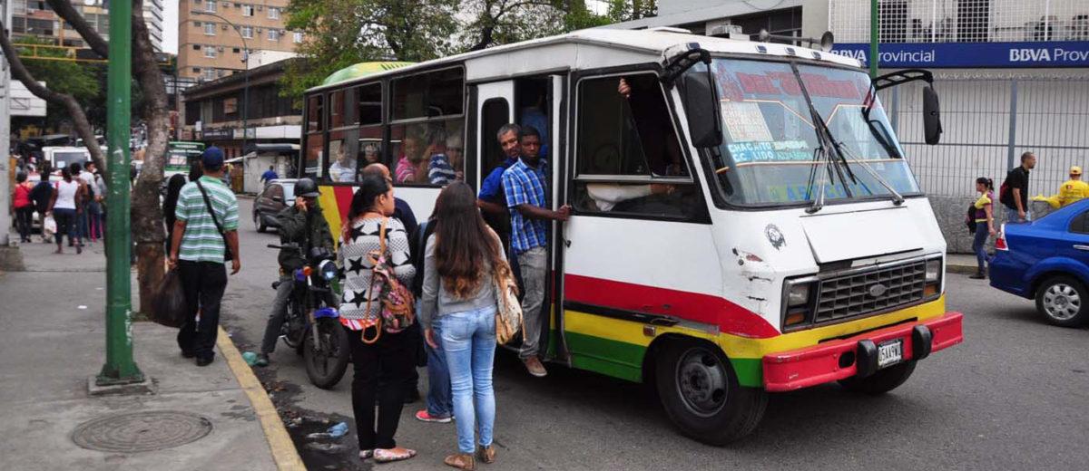DOBLE LLAVE - Bloque de Transportistas del Este de Caracas se reunirá para definir las acciones para implementar la nueva tarifa