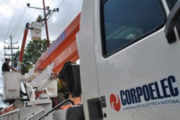 DOBLE LLAVE - Personal de Corpoelec labora para restablecer el servicio eléctrico