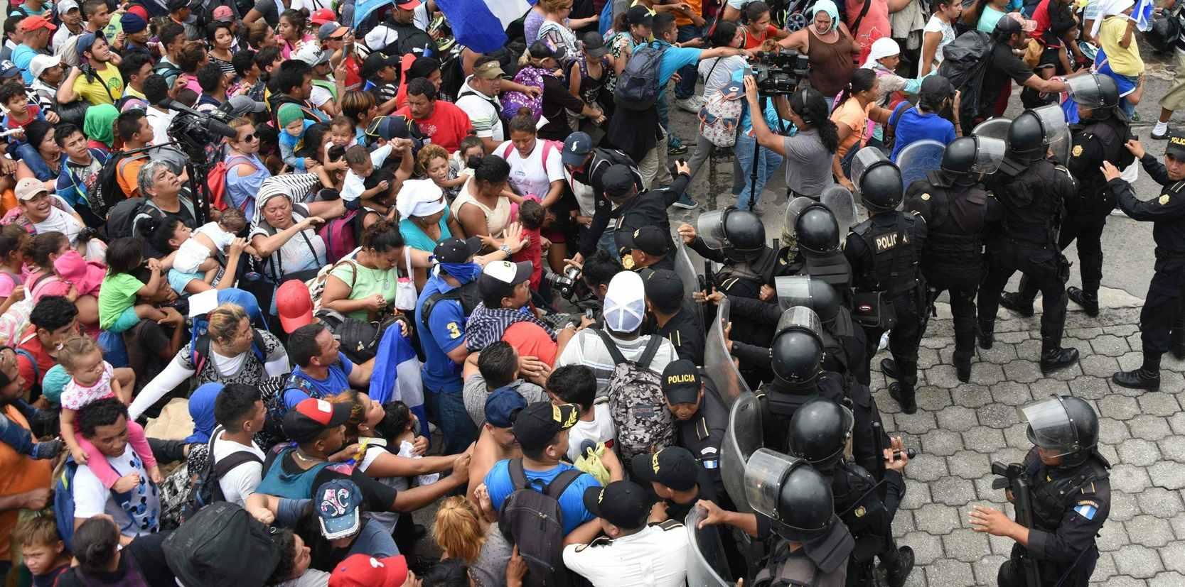 DOBLELLAVE - En una entrevista la alcaldesa mexicana del lugar Sonia Eloina Hernández Aguilar aseguró que los migrantes se están organizando