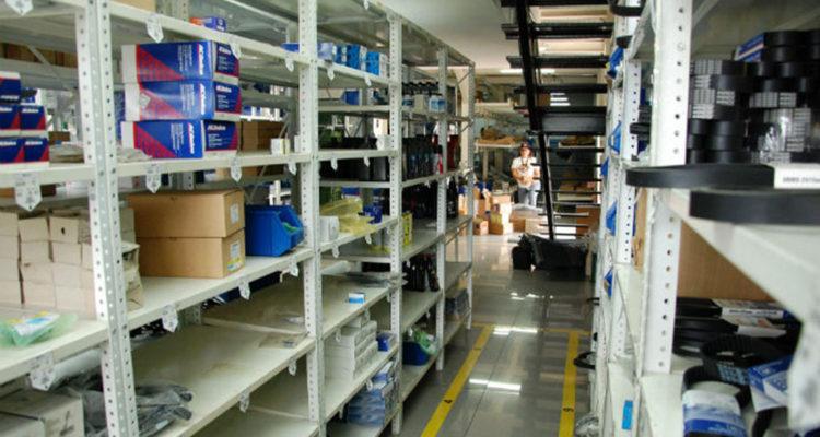 DOBLE LLAVE - Favenpa denuncia que las industrias de autopartes trabajan al 16% de su capacidad