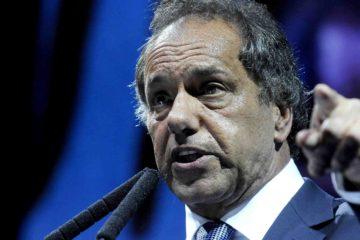 El excandidato presidencial argentino está acusado por la fiscalía de su país por supuestas irregularidades durante su gestión como gobernador