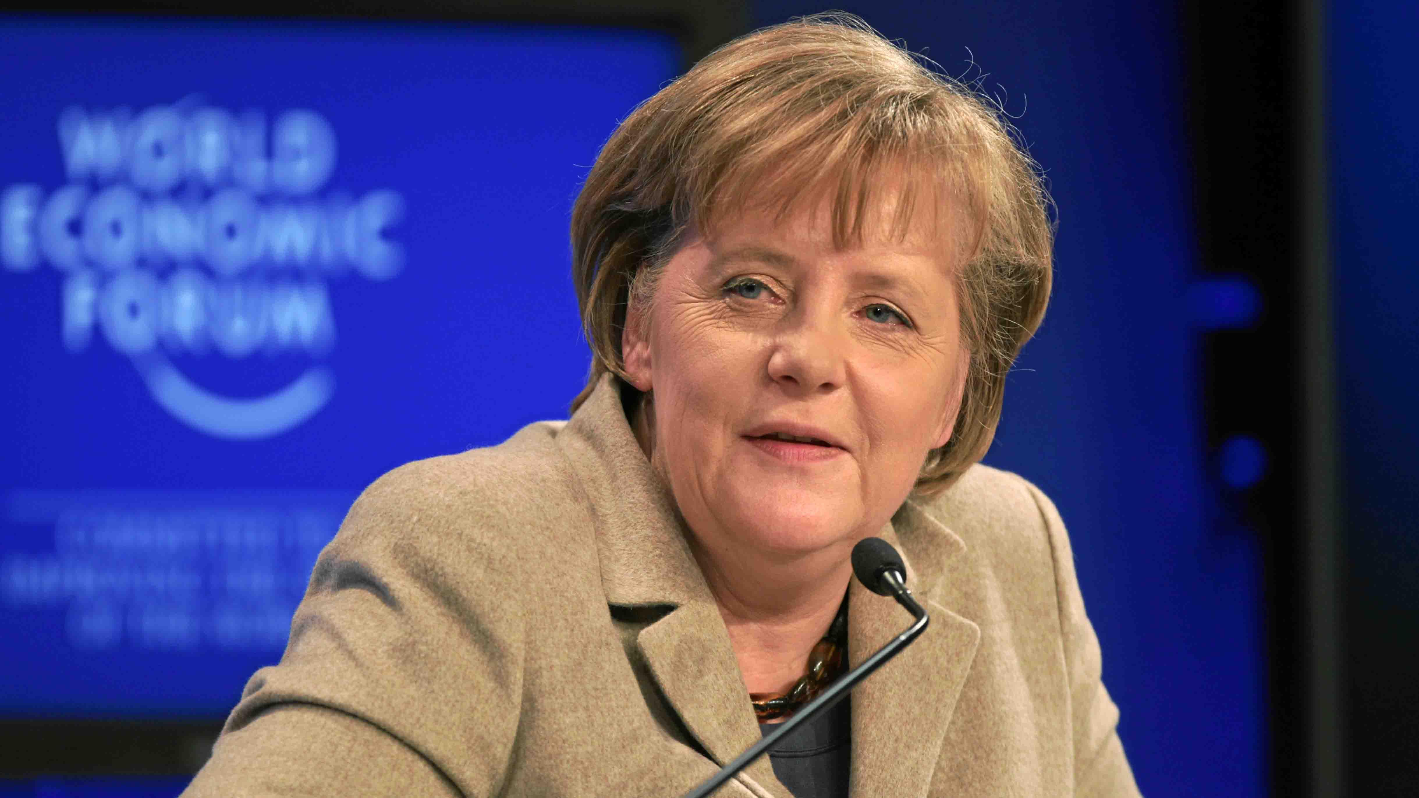 La canciller alemana aseveró que el CDU podrá lograr estar a la cabeza en alianza con los socialdemocrátas