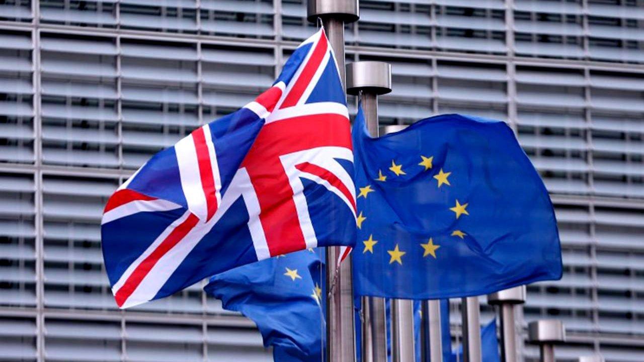 El objetivo es evitar una rebelión en la Cámara de los Comunes por parte de parlamentarios que rechazan al estrategia de Londres