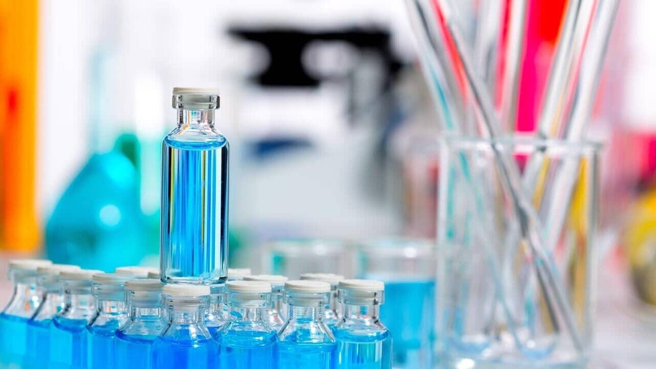 El líquido creado por los investigadores se comporta prácticamente igual a una batería recargable