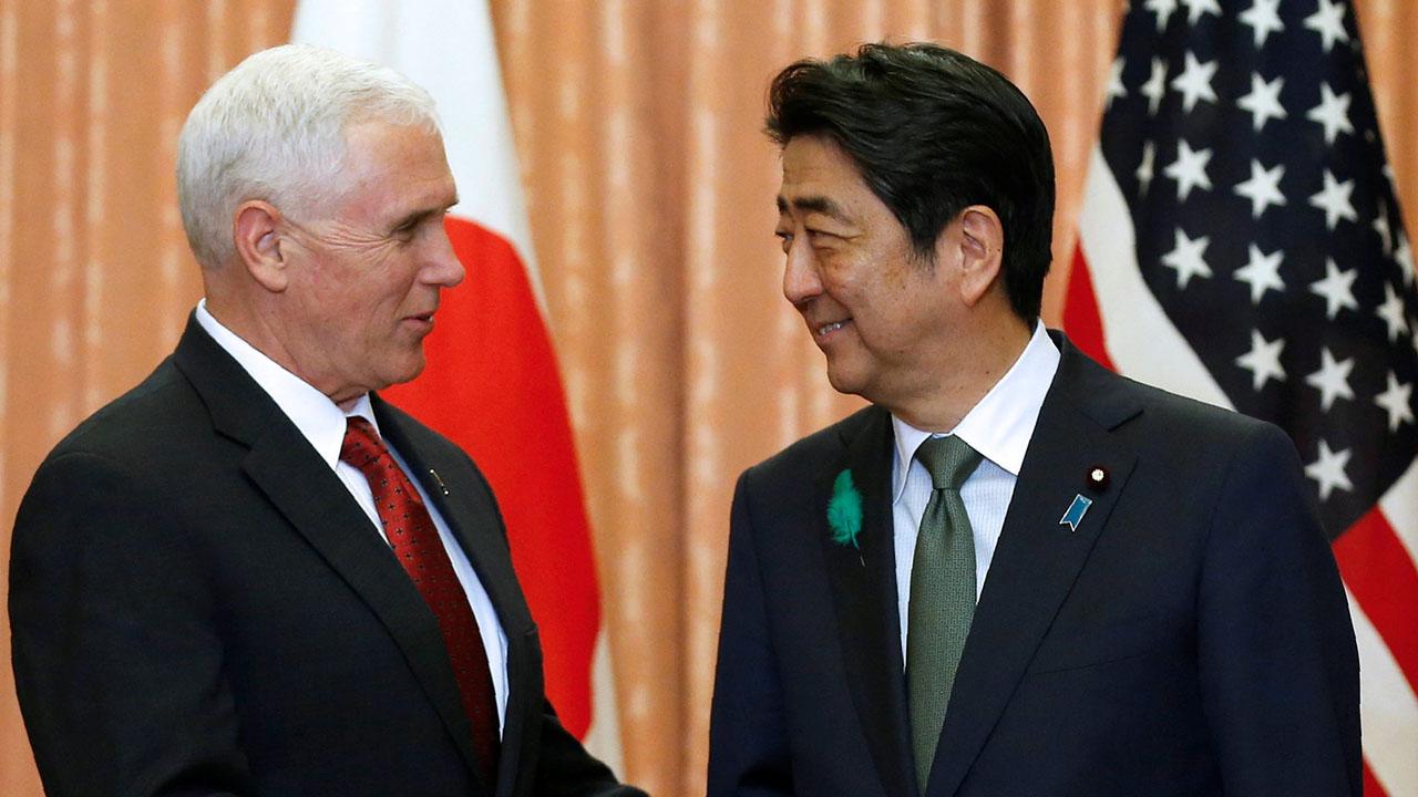 Ambos representantes insistieron en la aplicación de las resoluciones del Consejo de Seguridad de Naciones Unidas