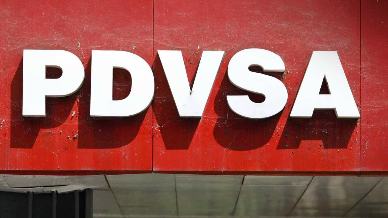 La empresa estatal busca pagar parcialmente parte de la deuda con sus diversos acreedores