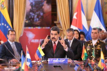 Presidente Maduro señala a paramilitares colombianos por ataque a la Fuerza Armada