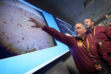 La sonda espacial InSight envía las primeras imágenes de la superficie de Marte