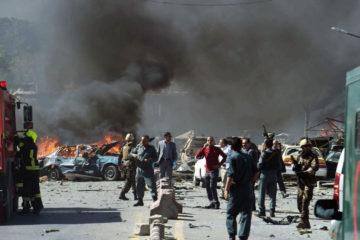 Las autoridades señalaron que el hecho dejó a otras 60 personas heridas