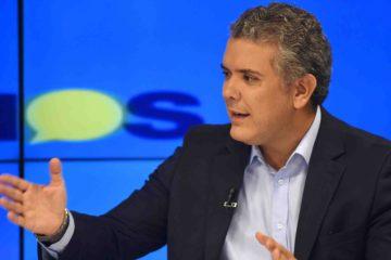 El mandatario colombiano aseguró que si se levantael paro que mantienen desde hace más de un mes, su Gobierno podrá efectuar mesas de diálogo