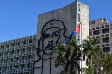 """Cuba retirará a sus médicos del programa """"Más Médicos"""" en Brasil"""