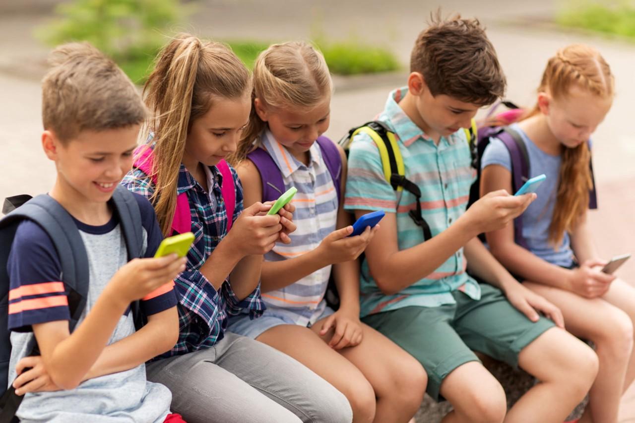 Estudio en Alemania revela que jóvenes quieren usar menos el móvil en el 2019