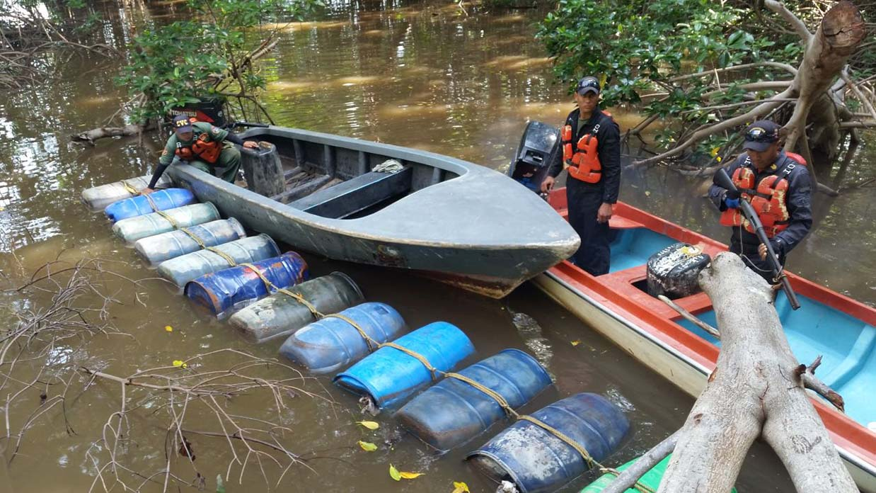 Guardacostas del Zulia incautaron 14 mil 520 litros de gasolina