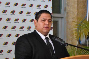 El rector del Consejo Nacional Electoral considera que los espacios democráticos son irrenunciables