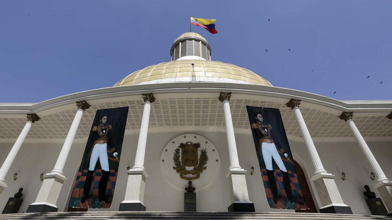 El diputado Ángel Alvarado reiteró que la Asamblea Nacional no autorizó el crédito del Banco de Desarrollo de América Latina