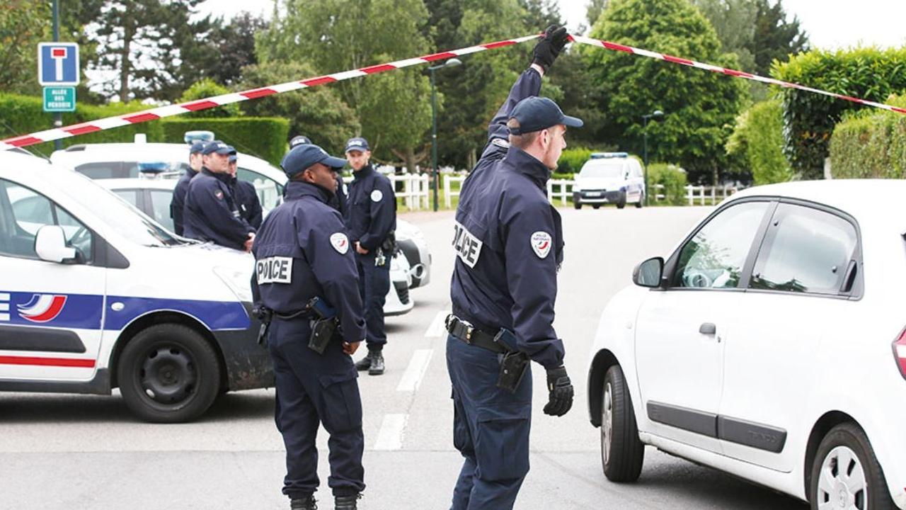 La Policía francesa aprehendió a los individuos por haberle proporcionado el revólver a Chérif Chekatt