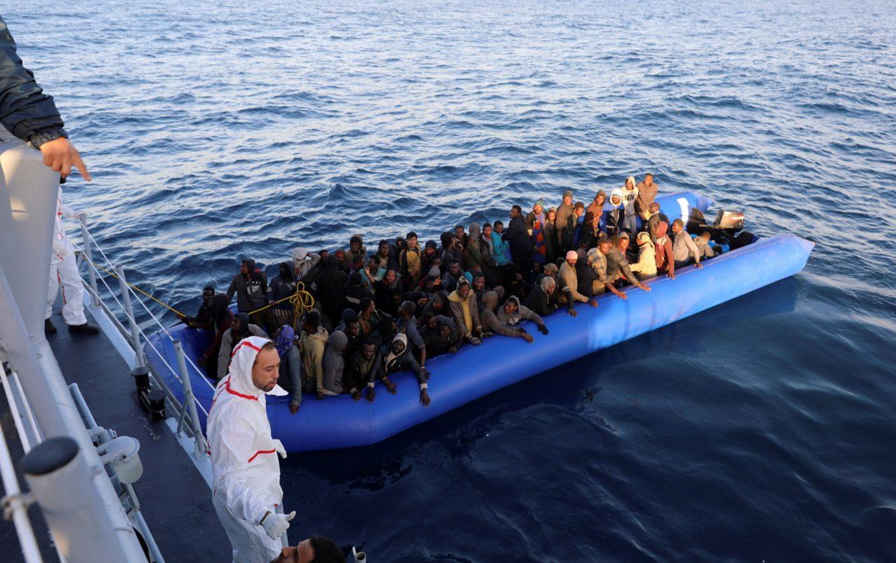 Doce inmigrantes fallecieron cuando navegaban hacia España