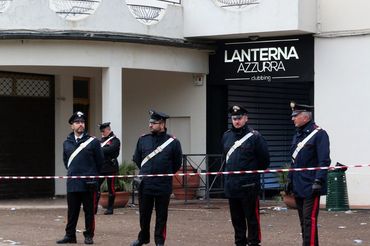"""La Fiscalía italiana investiga estampida en la discoteca""""Lanterna Azzurra"""""""