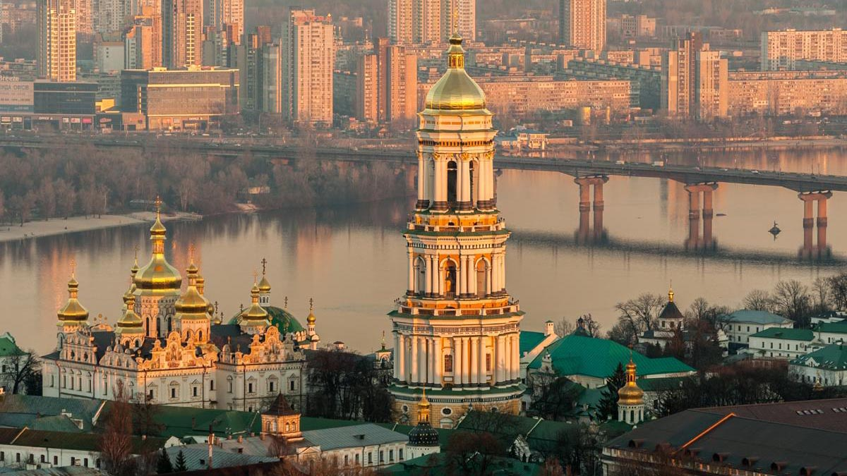 """Vladímir Putin puntualizó que la nación estadounidense sólo buscar profundizar """"la escisión entre los pueblos ruso y ucraniano"""""""