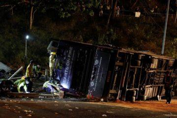 Accidente de autobús en Hong Kong dejó cuatro muertos y una decena de heridos