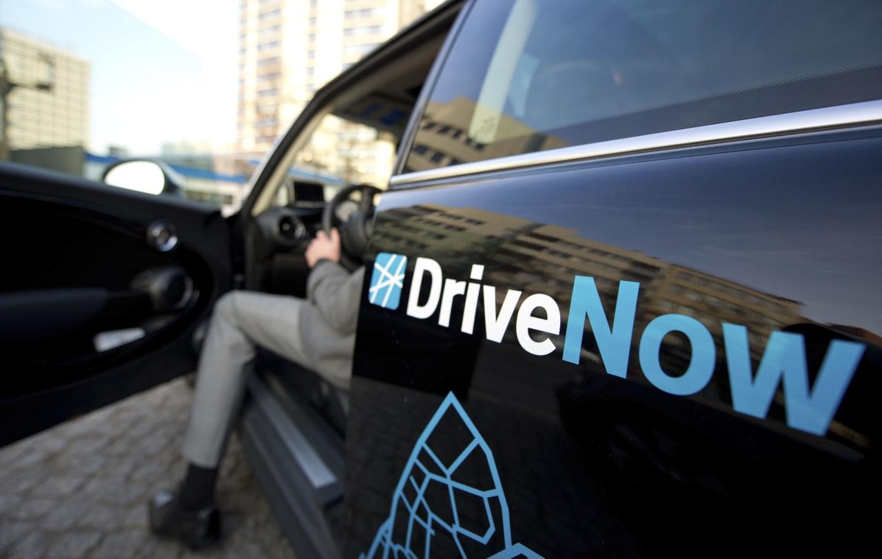 Automotrices BMW y Daimler cooperan en servicios de coche compartido
