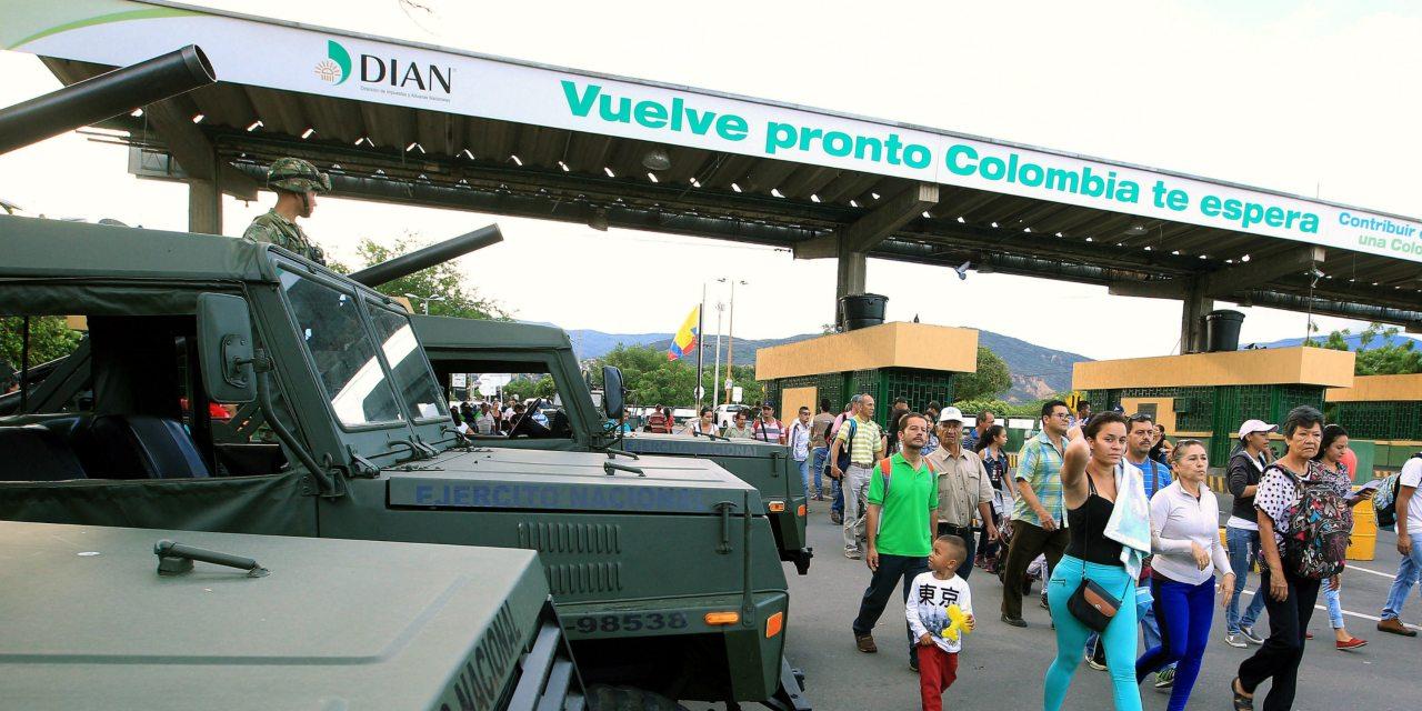 Presidente de Colombia desmintió el cierre de la frontera con Venezuela