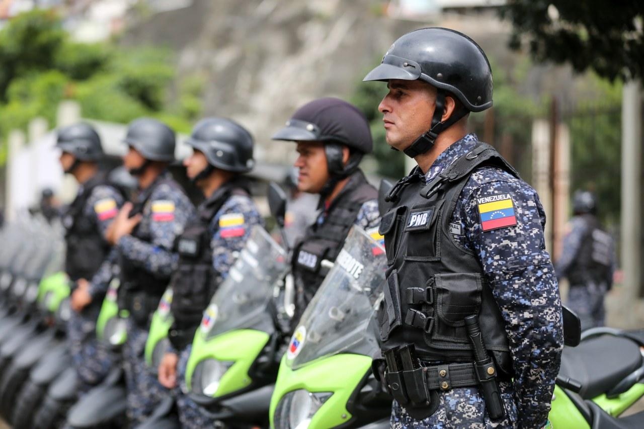 Privan de libertad a ocho agentes de la PNB por muerte de dos jóvenes en El Valle