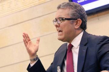 Colombia, Iván Duque, prohibición, porte de armas de fuego, monopolio del Estado, autorizaciones especiales, Juan Manuel Santos, decreto 2362, noticias del día
