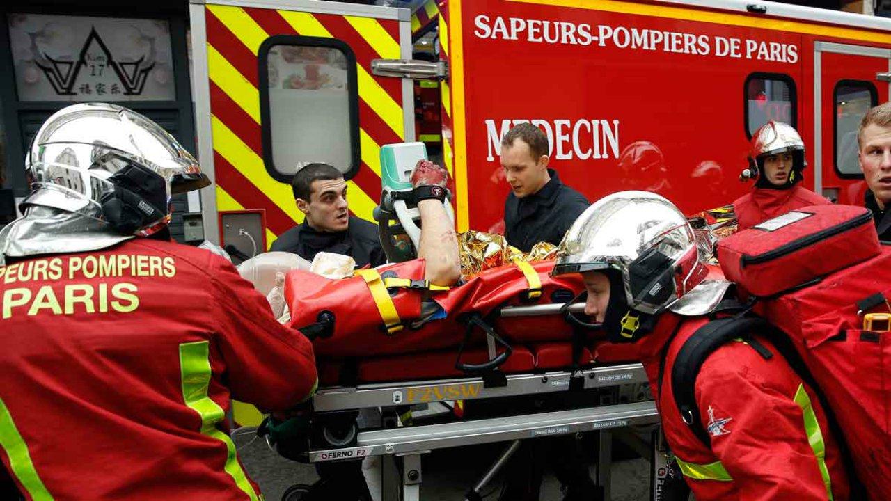 La oficina del Fiscal de París informó que hasta el momento se ubican más de 30 heridos tras el accidente ocurrido en una panadería