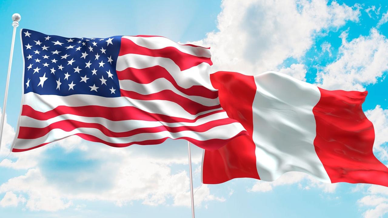 El secretario de Estado de Estados Unidos, Mike Pompeo, insistió en la necesidad de restablecer la democracia en la nación suramericana
