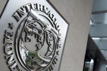 El Fondo Monetario Internacional prevé una caída del 10.000.000% del Producto Interno Bruto (PIB)