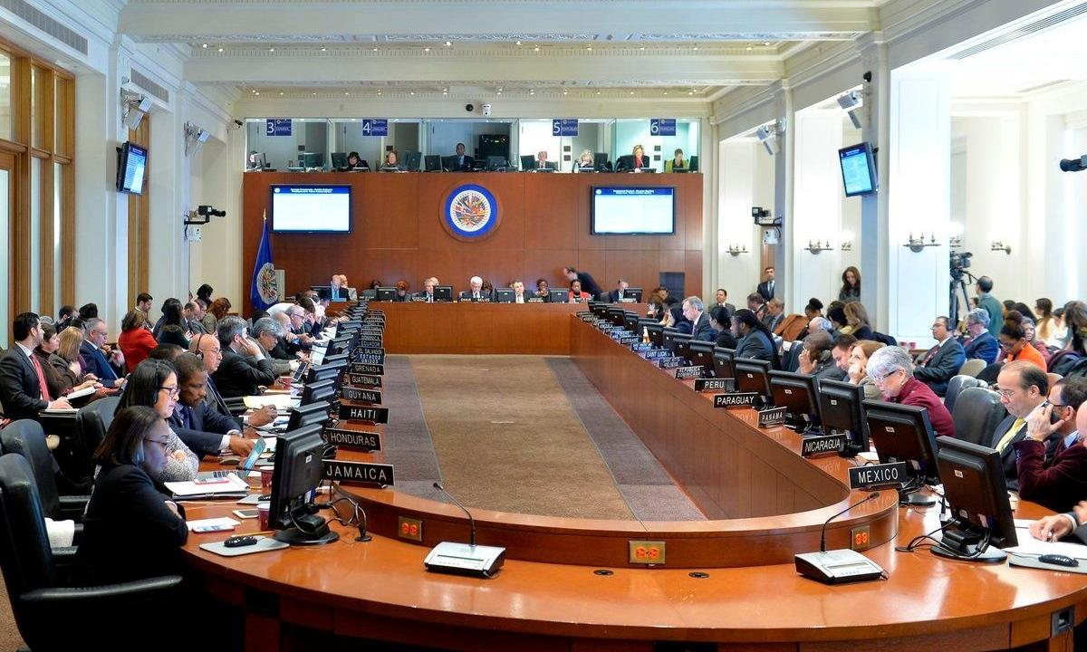El secretario general, Luis Almagro, manifestó que Nicolás Maduro ya no puede designar a los diplomáticos