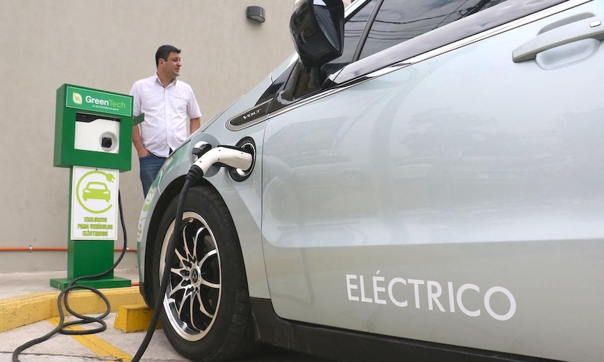 Los carros ecológicos pueden abastecerse en tan solo 20 minutos