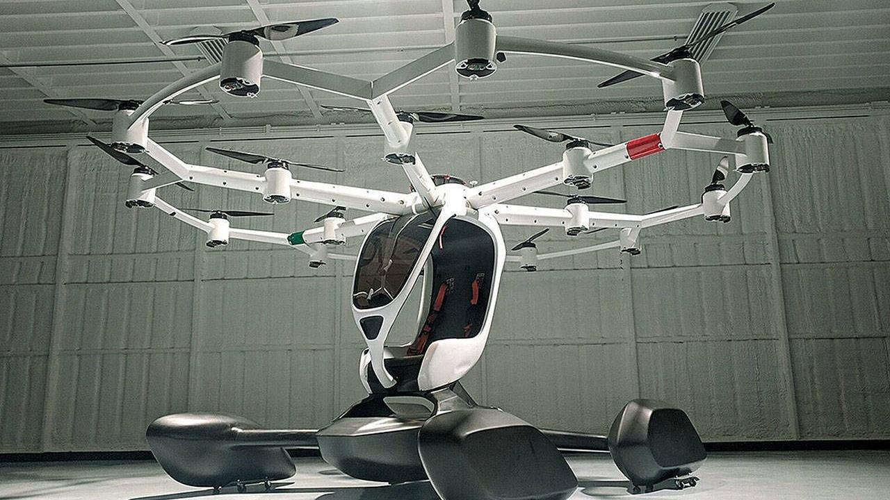 La aeronave nombrada como Hexa puede viajar a casi 100 kilómetros por hora y cuenta con varios flotadores