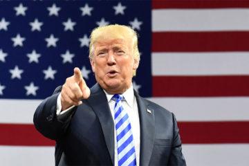 """Trump comenzó el 2019 arremetiendo contra los periodistas estadounidenses, a quienes llamó """"locos lunáticos"""" y expertos en inventar historias"""