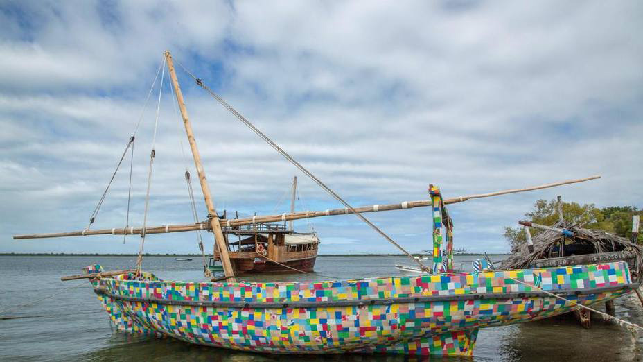 """El objetivo de esta embarcación es """"generar conciencia en las comunidades de la costa de África oriental"""""""