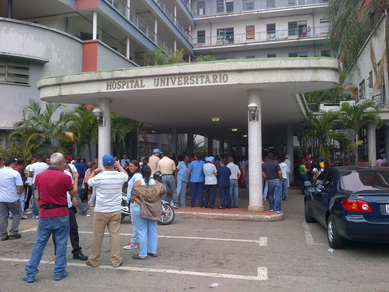 Según fuentes extraoficiales los pacientes se encontraban recluidos en la sala de cuidados intensivos