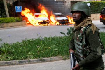 Once ciudadanos de Kenia, un estadounidense y un británico se encuentran entre los muertos; mientras que dos víctimas aún no han sido identificadas