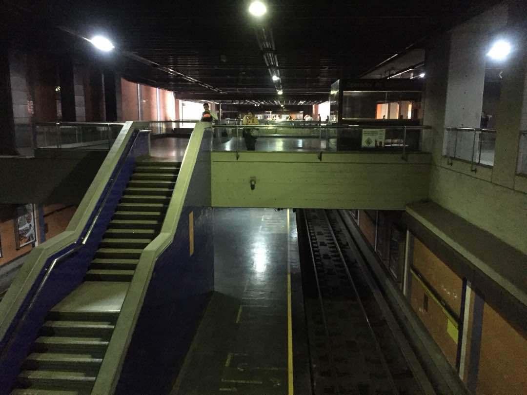 Metro de Caracas restablecerá operaciones una vez que se normalice servicio eléctrico