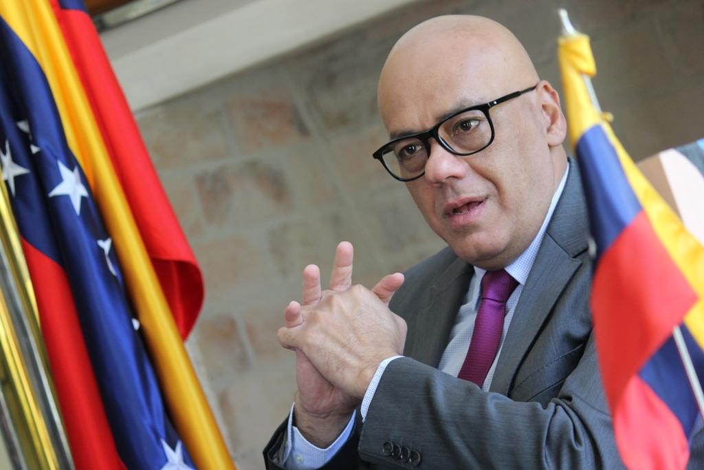 Gobierno de Maduro plantea nuevo temario de diálogo para la oposición venezolana